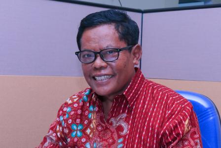 Dr. Drs. Edi Santoso, SU